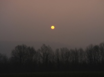 Eerie sunrise over Queaux